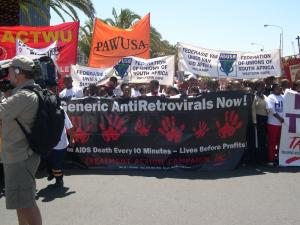 south-african-aids-activists-on-march-web